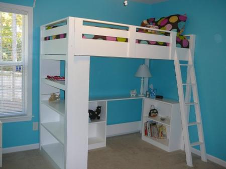 Give Your Teenu0027s Room A Facelift With This Awesome DIY Loft Bed Tutorial