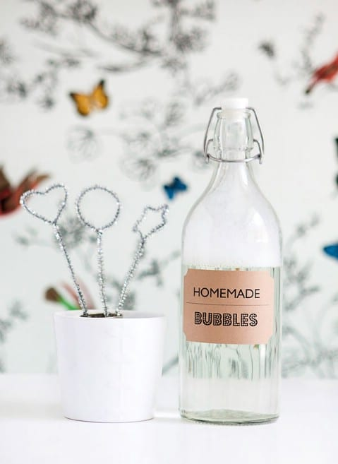 Homemade Bubble Solution And Blowers - 35 Summery DIY Projects And Activities For The Best Summer Ever
