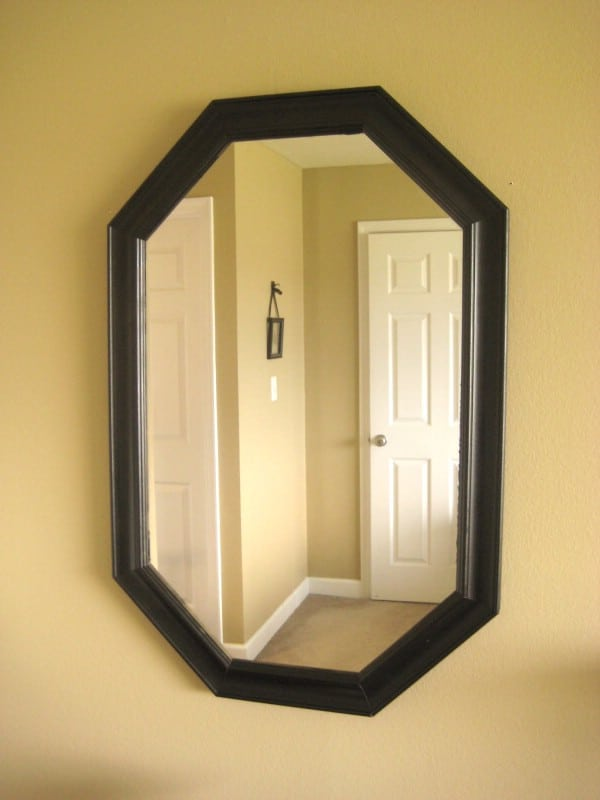 Cute mirror makeover - Top 60 Furniture Makeover DIY Projects and Negotiation Secrets