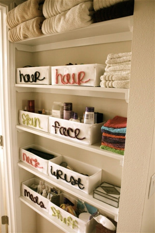 Lovely DIY Bathroom Yarn Labeling - 30 Brilliant Bathroom Organization and Storage DIY Solutions