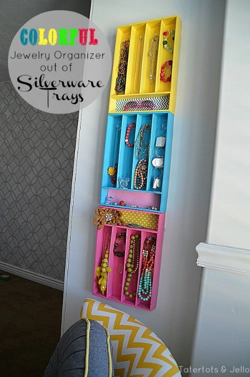 Dorm Room Storage Jewelry Stand