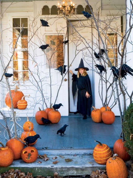 black birds 40 easy to make diy halloween decor ideas - Homemade Halloween Decorations Ideas