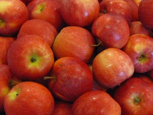 Check Your Apples Daily - 40 DIY Tricks To Make Your Groceries Last As Long As Possible