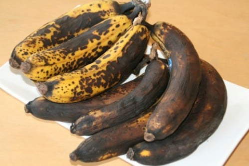 Freeze Ripened Bananas for Baking - 40 DIY Tricks To Make Your Groceries Last As Long As Possible