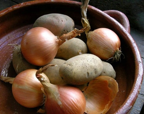 Store Onions and Potatoes in Separate Places - 40 DIY Tricks To Make Your Groceries Last As Long As Possible