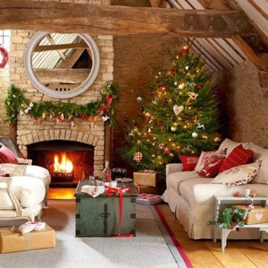 source iheartshabbychic old fashioned dcor 30 stunning ways to decorate your living room this christmas - How To Decorate Living Room For Christmas