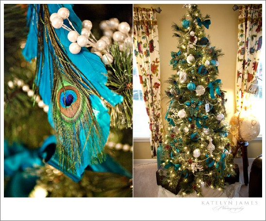 Peacock Inspired - 30 Stunning Ways to Decorate Your Living Room This Christmas