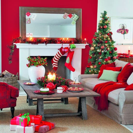 30 Stunning Ways To Decorate Your Living Room For Christmas Diy