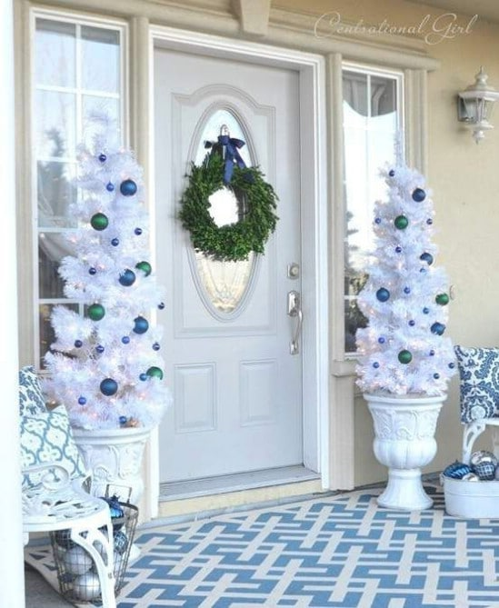 Go All White - 60 Beautifully Festive Ways to Decorate Your Porch for Christmas