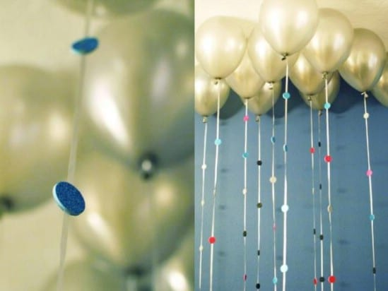 Sparkly Balloon Garland - 28 Fun and Easy DIY New Year's Eve Party Ideas