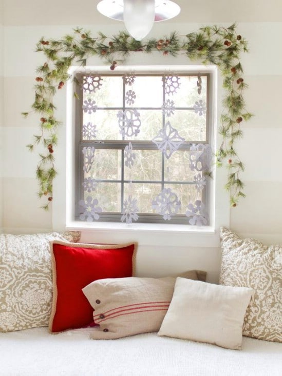 Dress Up The Windows - 30 Stunning Ways to Decorate Your Living Room This Christmas