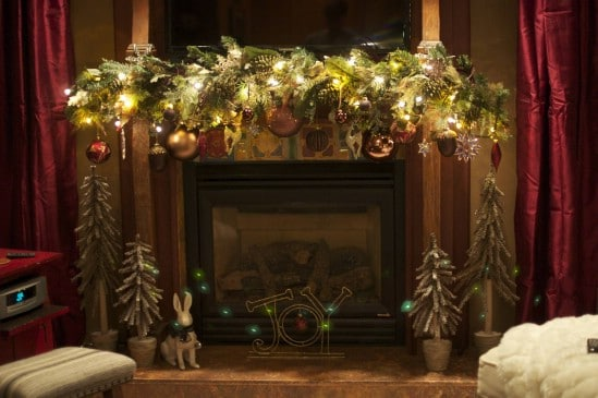 Use Lots of Lights - 30 Stunning Ways to Decorate Your Living Room This Christmas