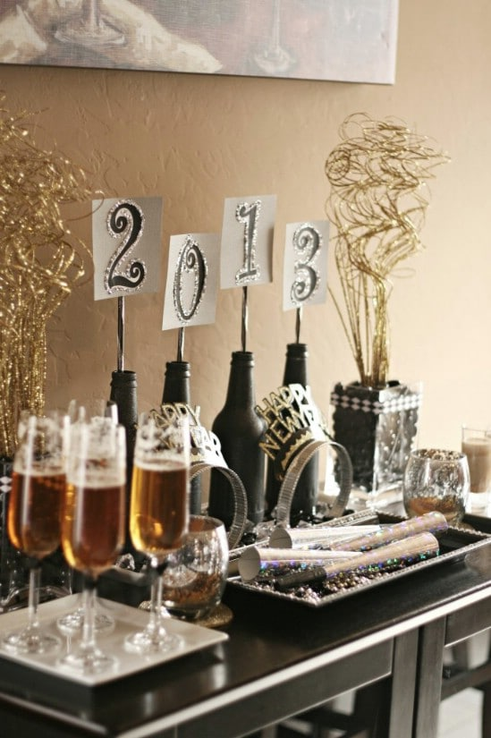 28 fun and easy diy new year s eve party ideas diy crafts for Home decorations for new year