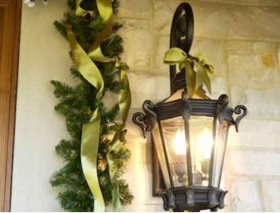 source oprah fruits and ribbon 60 beautifully festive ways to decorate your porch for christmas - Christmas Column Decorations