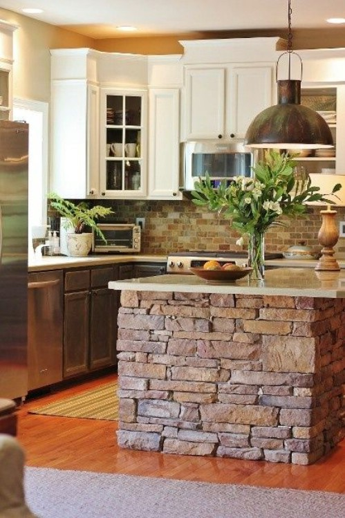 Exceptional Stone Kitchen Island   40 Rustic Home Decor Ideas You Can Build Yourself