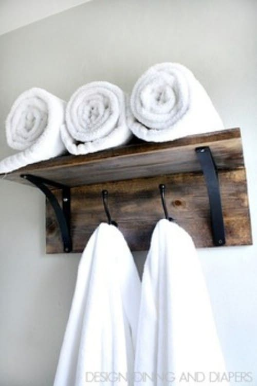 Wooden Towel Organizer - 40 Rustic Home Decor Ideas You Can Build Yourself