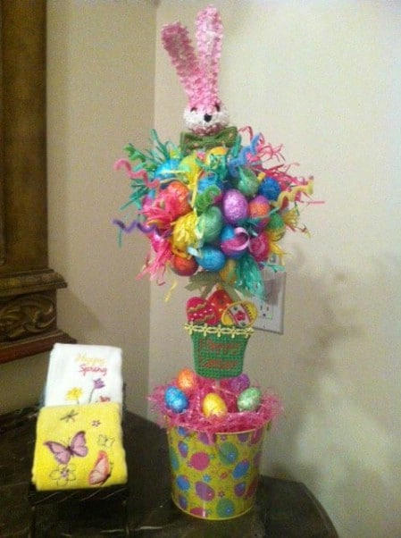 Buckets of Fun Centerpiece - 40 Beautiful DIY Easter Centerpieces to Dress Up Your Dinner Table
