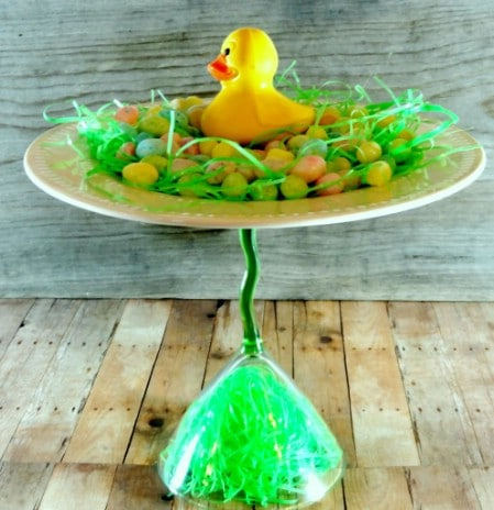 Rubber Ducky Centerpiece - 40 Beautiful DIY Easter Centerpieces to Dress Up Your Dinner Table