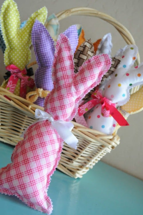 80 fabulous easter decorations you can make yourself diy crafts stuffed bunnies 80 fabulous easter decorations you can make yourself solutioingenieria Choice Image