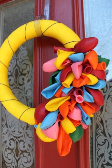 Colorful Balloon Wreath - 40 Creative DIY Easter Wreath Ideas to Beautify Your Home