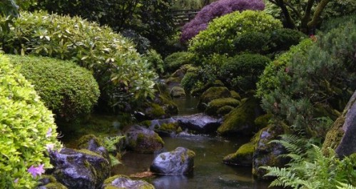 Japanese Garden - 40 Genius Space-Savvy Small Garden Ideas and Solutions