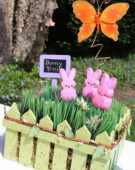 Peeps Garden Centerpiece - 40 Beautiful DIY Easter Centerpieces to Dress Up Your Dinner Table