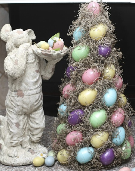 Easter Egg Topiary - 40 Beautiful DIY Easter Centerpieces to Dress Up Your Dinner Table