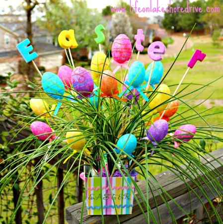 It's in the Bag - 40 Beautiful DIY Easter Centerpieces to Dress Up Your Dinner Table