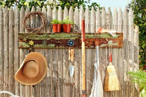 Spigot Handle Wall Hangers - 15 Unusual and Creative Repurposed Wall Hooks