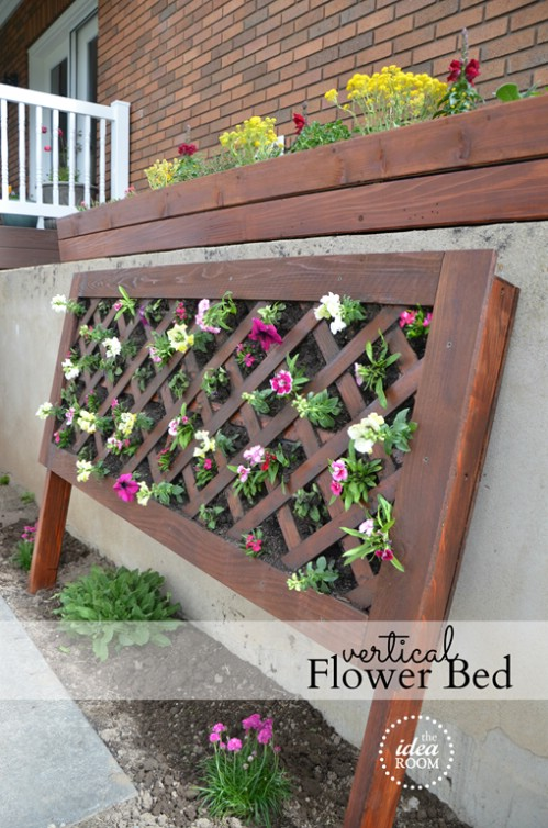 40 beautiful and easy diy flower beds to brighten your outdoors diy crafts. Black Bedroom Furniture Sets. Home Design Ideas