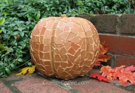 Turn Broken Terra Cotta Into Pumpkins