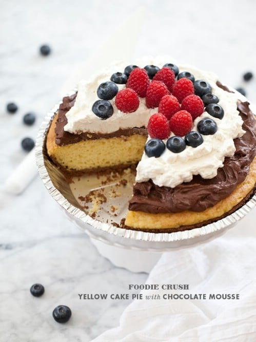 Cake Pie with Chocolate Mousse and Berries