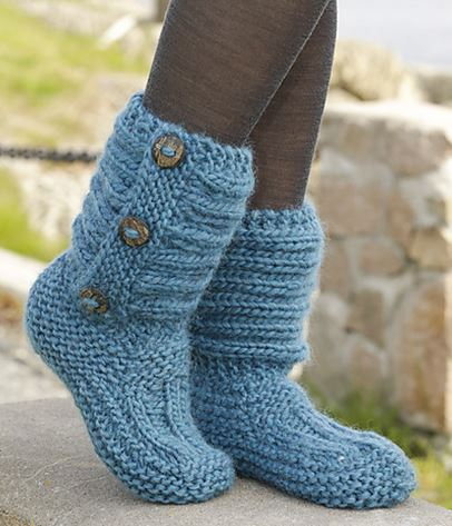 Cutest Knitted Diy Free Pattern For Cozy Slipper Boots Diy Crafts