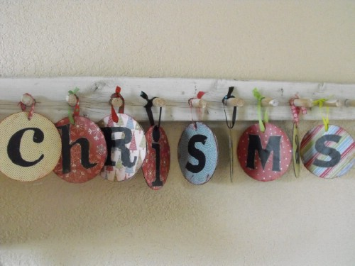 CD Decorations - 20 Genius DIY Recycled and Repurposed Christmas Crafts