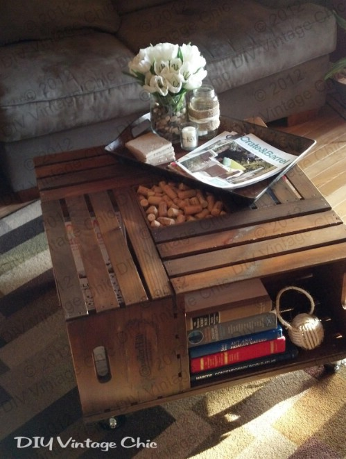 Wine crate coffee table - 50 Decorative Rustic Storage Projects For a Beautifully Organized Home