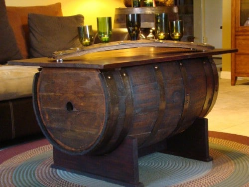 Barrel table - 50 Decorative Rustic Storage Projects For a Beautifully Organized Home