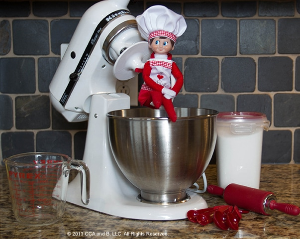 60 Amazingly Fun Ways to Decorate With Your Elf on the ...