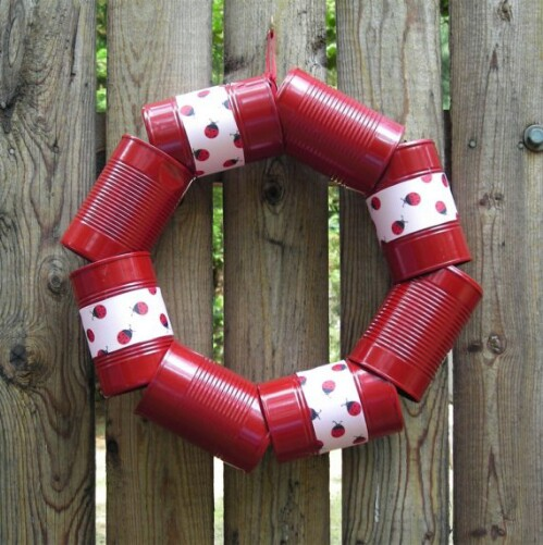 Make Tin Cans Into a Charming Wreath