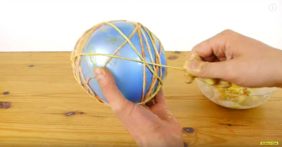 How to make an easter egg out of string and fill it with