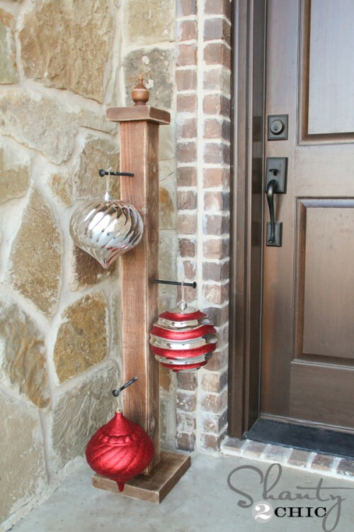 DIY Ornament Stand for Front Porch