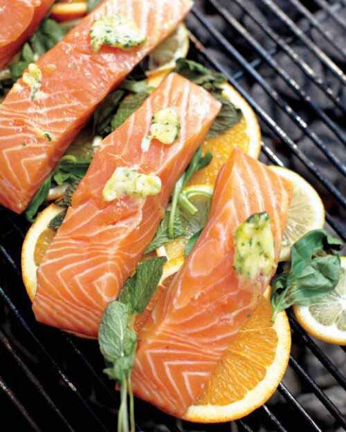 16. Cook your fish on top of citrus slices.