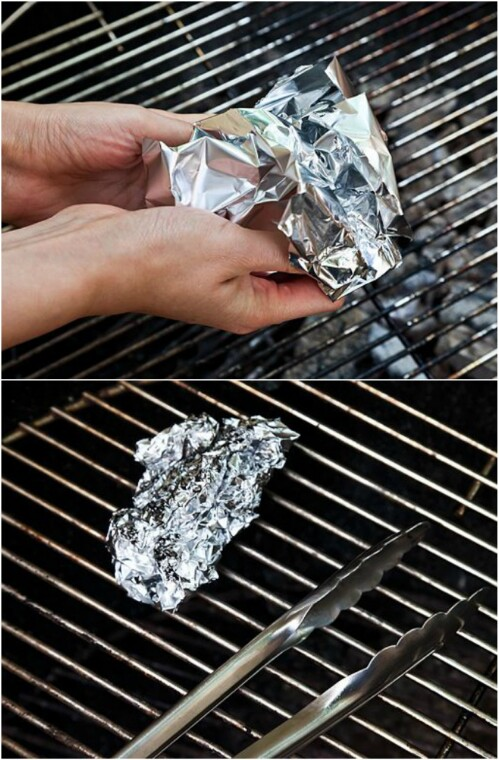 5. Clean your grill with a ball of aluminum.
