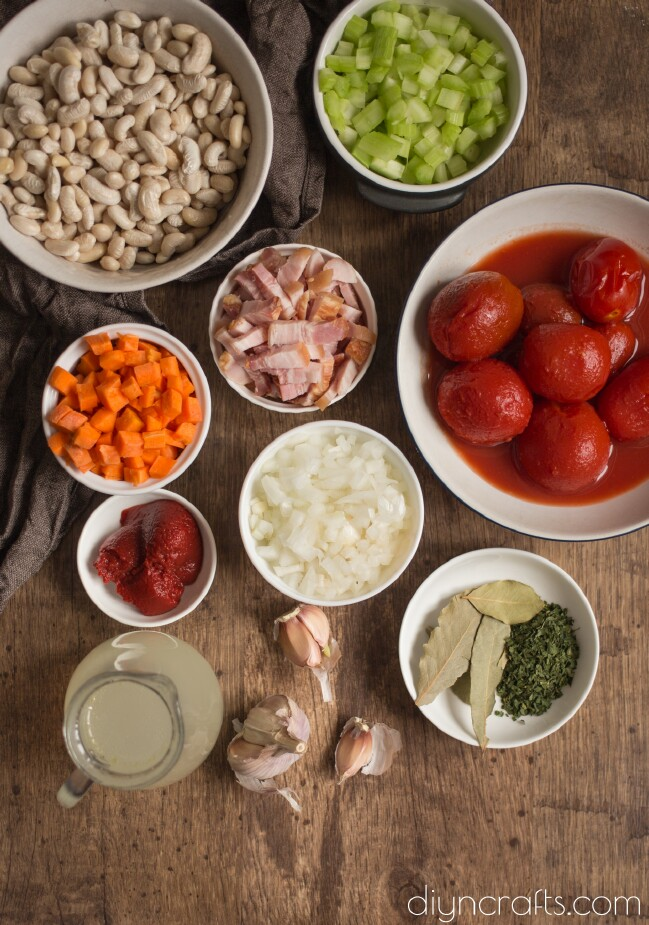 White bean with crispy bacon soup ingredients