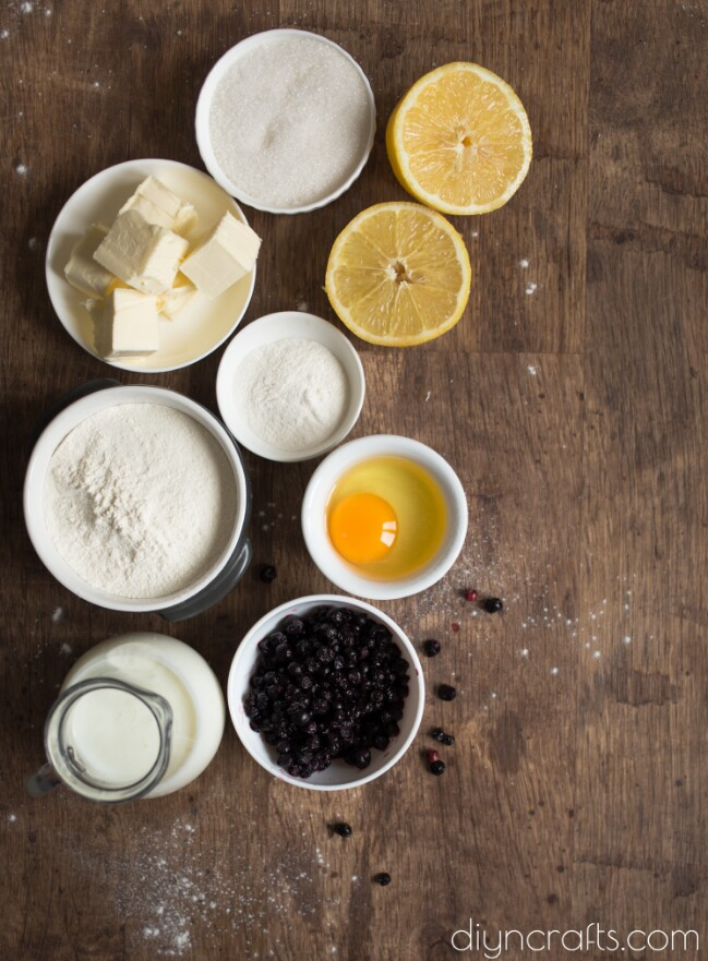 Blueberry Pie ingredients.