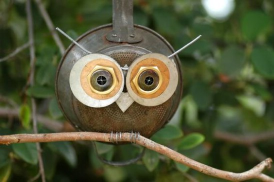 DIY Craft Owl From Old Strainer