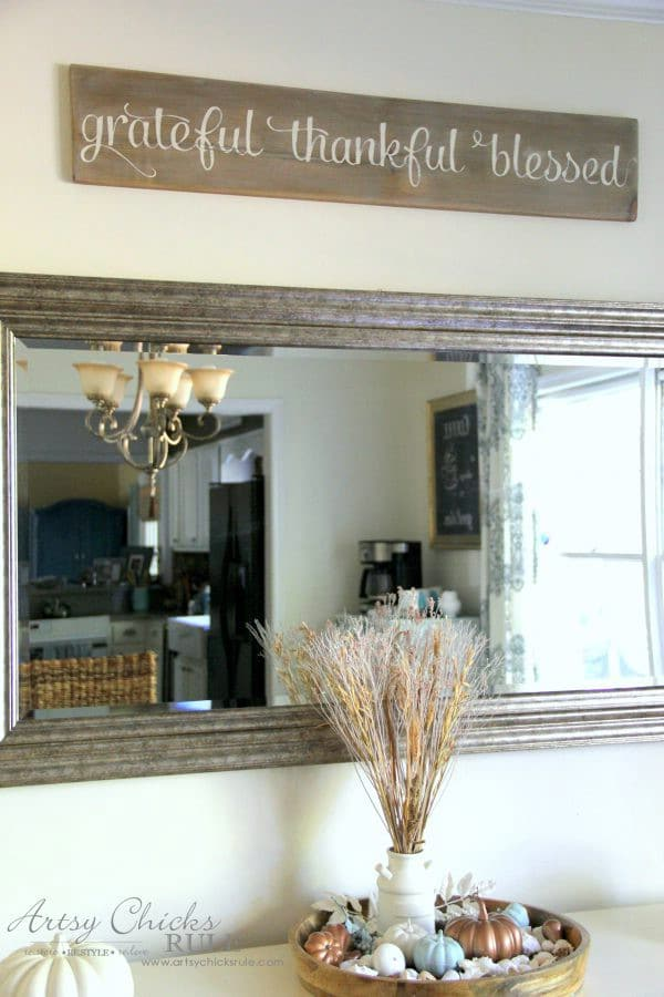 DIY Weathered Entry Hall Sign