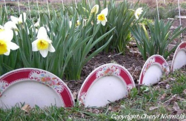 Upcycled Garden Decorative Plates
