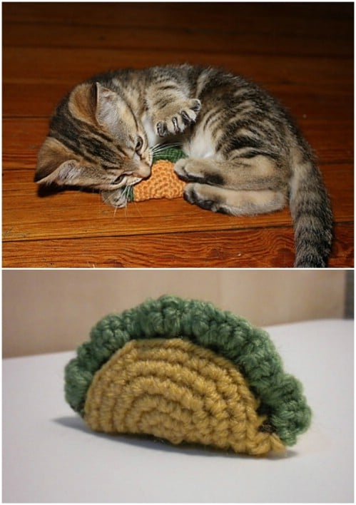 Adorable Taco Crochet Cat Toy