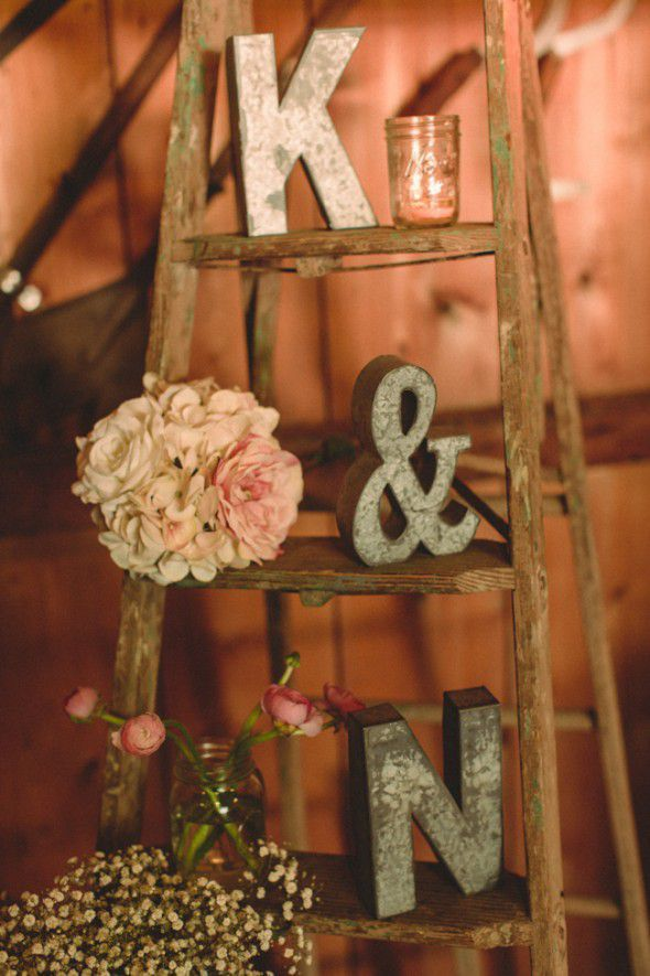 Here S Another Great Way To Use A Wooden Ladder In Your Rustic Wedding Decorating Just Put The Wherever You Want Display It