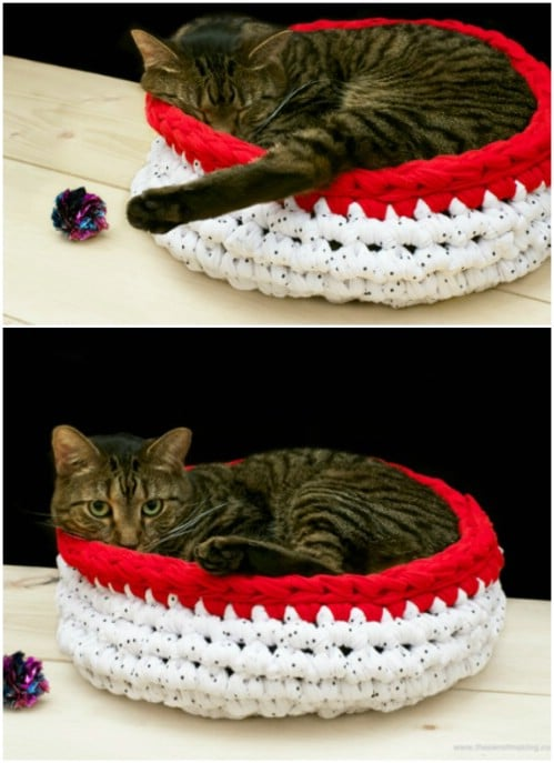 Bulky Crocheted Cat Bed
